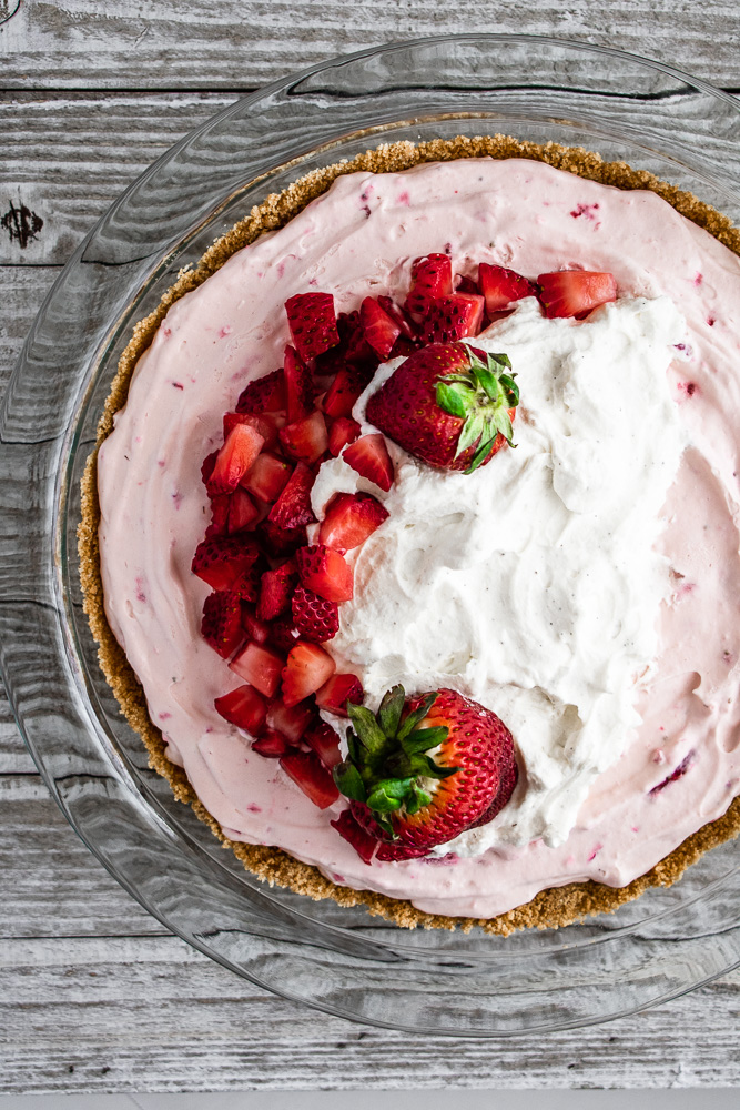 Completed strawberry cream pie